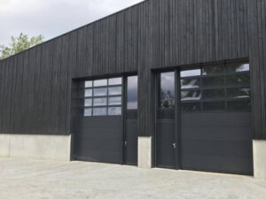 Vertical Siberian Larch Black Charred-Burnt-Scorched-Cladding Cladding