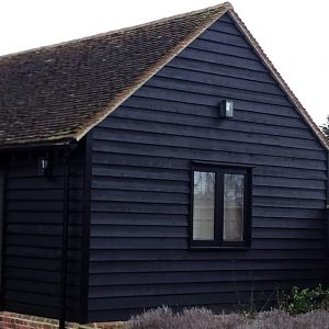 """Black Painted Exterior Featheredge """"Essex Barn"""" Cladding 175mm wide (Pack)"""
