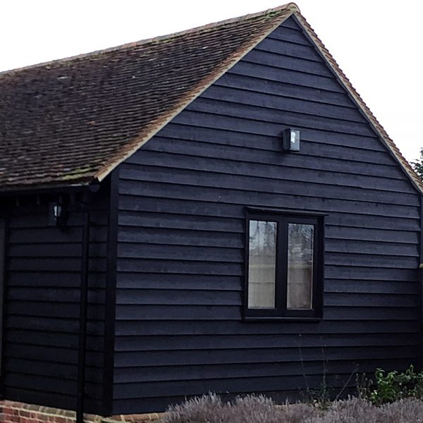 "Black Painted Exterior Featheredge ""Essex Barn"" Cladding 175mm wide (Pack)"