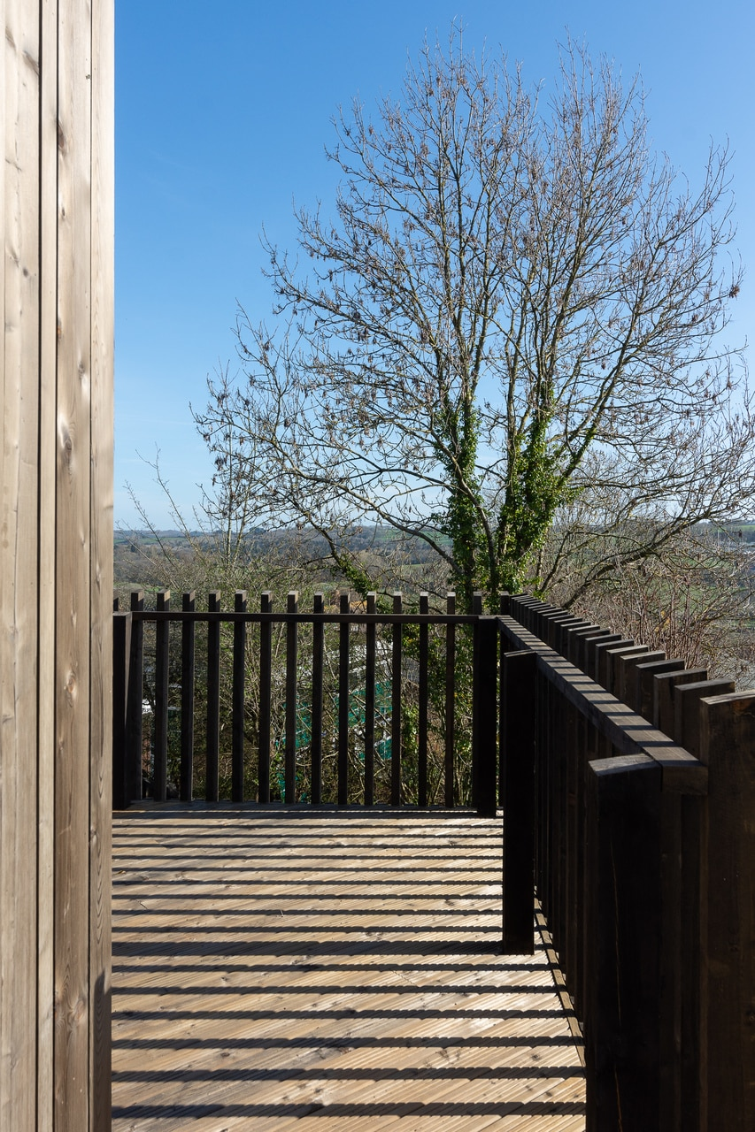 Siberian Larch Heartwood,Pre-Aged Old Look, Smooth & Reeded Timber Decking (Pack)