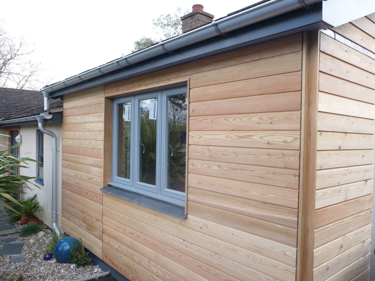 Siberian Larch, Heartwood, Halflap / Shiplap for Cladding or Fencing  *New fine sawn face (pack)